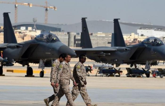 """""""أنصار الله"""" تعلن عن عملية ثانية هاجمت فيها قاعدة الملك خالد الجوية جنوبي السعودية"""