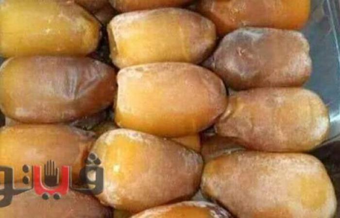 """بالأسعار..""""البلح الناشف باللبن"""" وجبة الصعايدة فى رمضانl صور"""