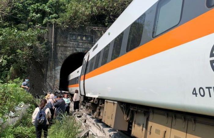 36 قتيلا على الأقل بعد خروج قطار عن القضبان في تايوان