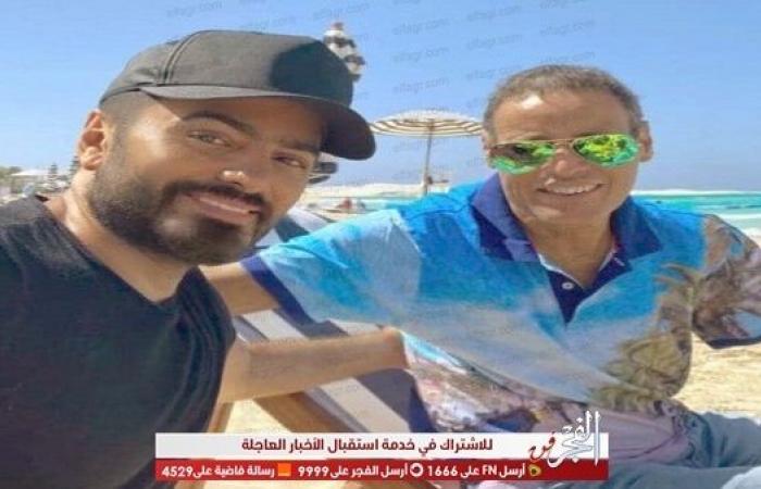 الراجل الطيب.. تامر حسني ينعي والد زوجته بكلمات مؤثرة