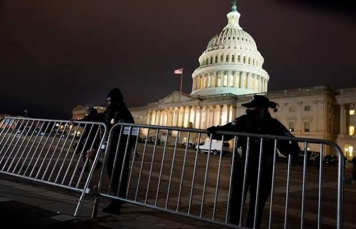 عااجل.. إطلاق نار بمحيط الكونجرس الأمريكي وإغلاق المبنى