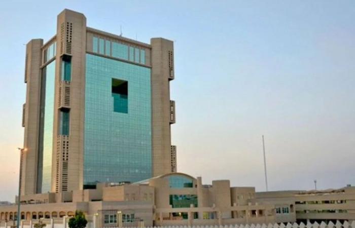 إغلاق 117 منشأة تجارية خالفت تدابير كورونا في جدة