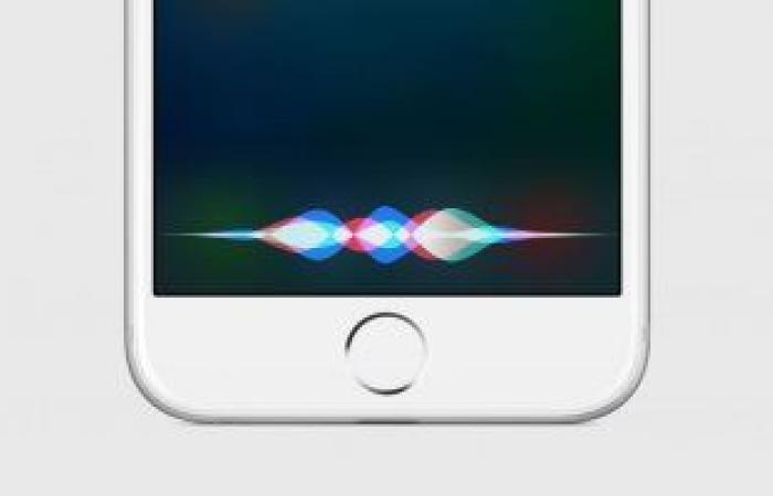 أبل تطرح صوتين جديدين لمساعدها الشخصى Siri.. إعرف التفاصيل