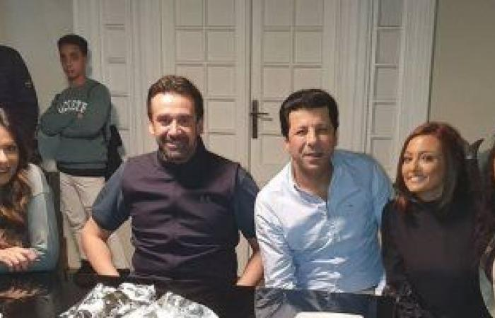 """بشرى مع كريم عبد العزيز وإياد نصار فى كواليس """"الاختيار 2"""": عمل استثنائى"""