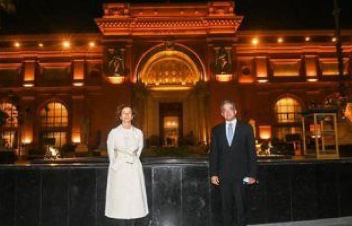رئيسة منظمة اليونسكو تصل مصر لحضور موكب المومياوات الملكية (صور)