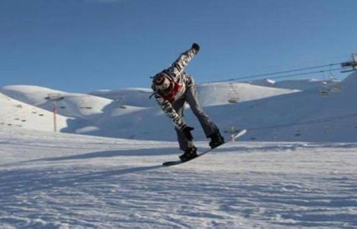 متزلج يقطع الحدود بين النرويج والسويد لتجنب الحجر الصحي في فندق