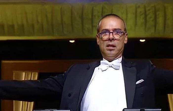 لحظات لم يرها أحد.. نادر عباسي يكشف كواليس حفل نقل المومياوات الملكية
