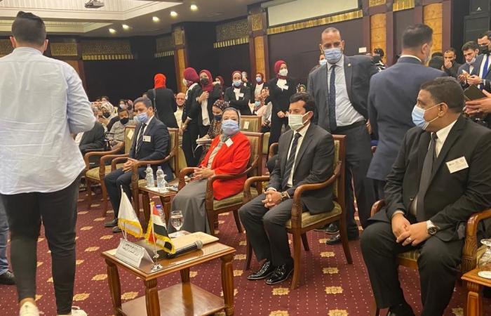 وزير الرياضة يشهد المؤتمر الدولى للاعبين لذوى الشلل الدماغى..صور وفيديو