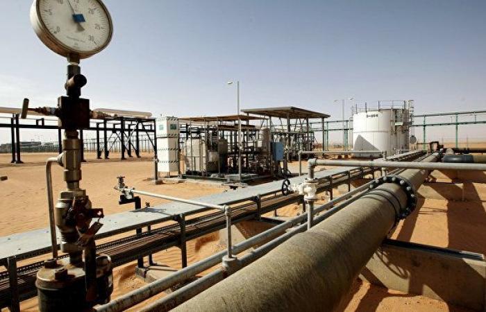 الإنذار الأول للحكومة الجديدة… تهديد بإيقاف أكبر حقول إنتاج النفط في ليبيا