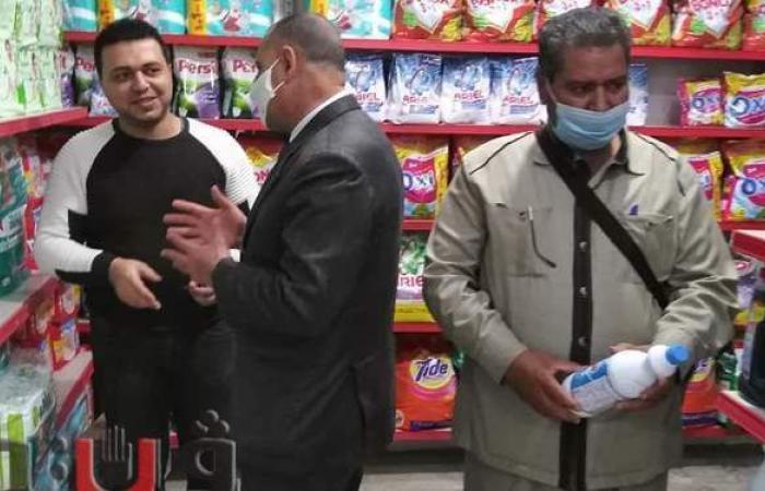 حملات نظافة وتحرير عشرات المحاضر والقضايا التموينية بفاقوس