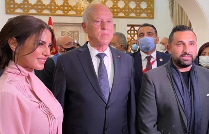 درة وزوجها يلتقيان الرئيس التونسي قيس سعيد