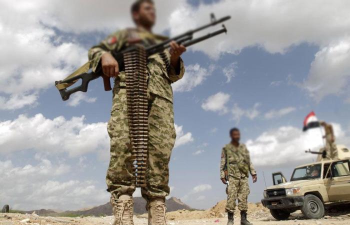جيش اليمن يستعيد مواقع مهمة يستغلها الحوثيون في قصف الأحياء السكنية