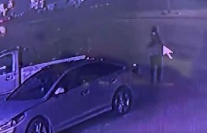 فيديو يوثق لحظة سرقة سيارة بالدمام