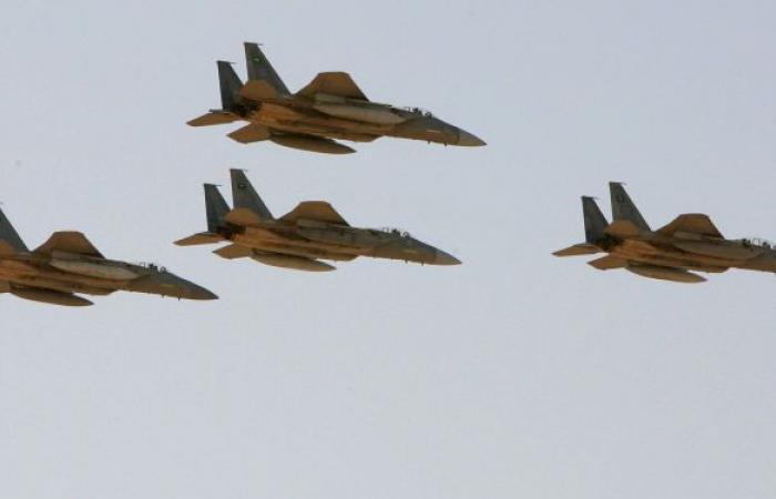 """""""أنصار الله"""": 24 غارة جوية للتحالف على ثلاث محافظات"""