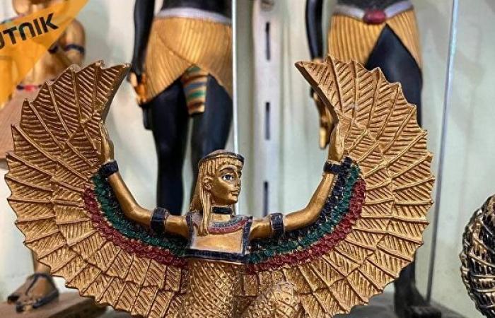 """""""الألباستر المصري""""... من صناعة أواني """"قرابين الآلهة"""" إلى تجسيد تماثيلها في مصر القديمة"""