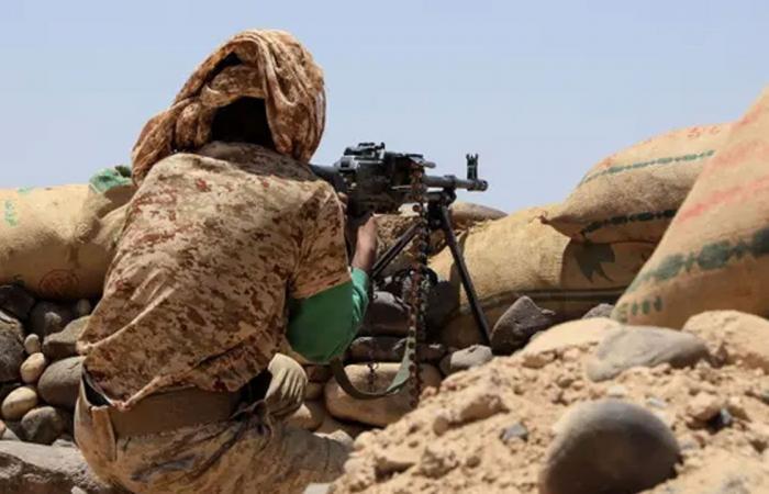 الحوثيون يتعقبون الصحفيين اليمنيين.. و«الجارديان» تفضح الانتهاكات