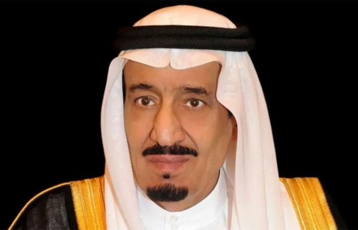 خادم الحرمين يتلقى اتصالاً هاتفيًّا من نائب رئيس الوزراء بسلطنة عُمان