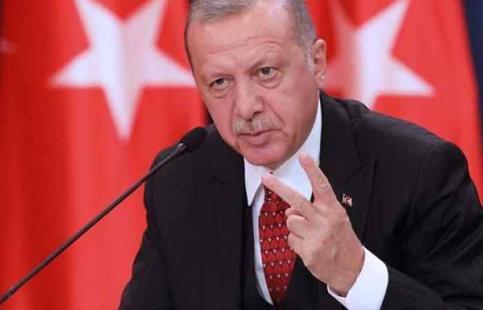 تركيا تعلن إغلاقا جزئيا وتعدل موعد حظر التجوال في رمضان