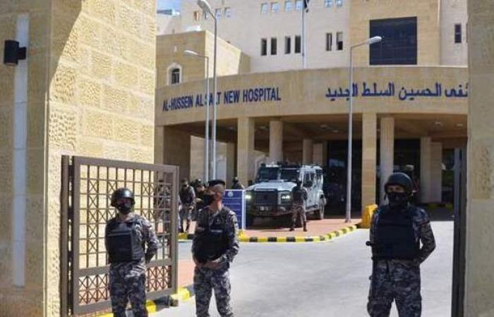 محكمة أردنية تطلب الإفراج عن متهمين بقضية مستشفى السلط