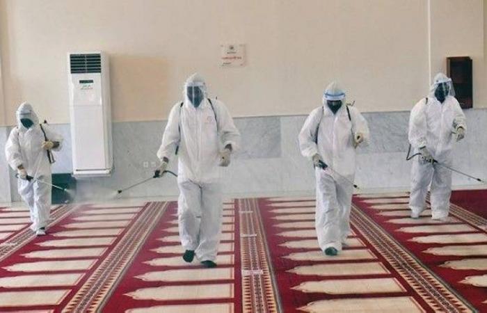 إغلاق 9 مساجد بعد ثبوت حالات إصابة بكورونا