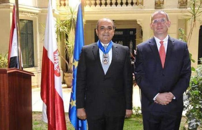 الرئاسة البولندية تمنح السفير حسام القاويش وسام الاستحقاق برتبة «قائد»