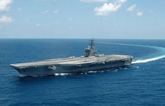 القيادة الأمريكية الوسطى: حاملتا الطائرات أيزنهاور وشارل ديغول تؤمنان بحر العرب