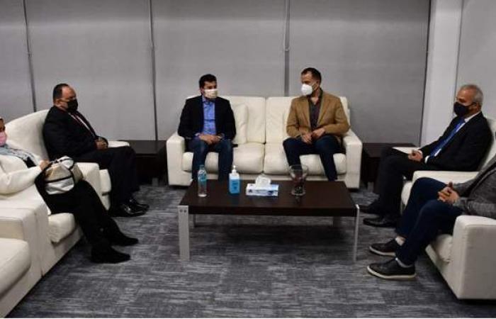 وزير الشباب والرياضة يتفقد مركز اتصالات أندية سيتي كلوب | صور
