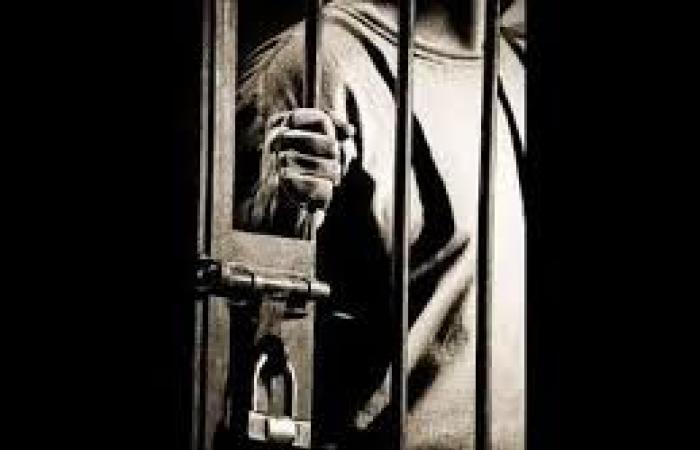 خلف القضبان.. كيف أنقذت الأم الصعيدية أبناءها من القتل والإعدام؟