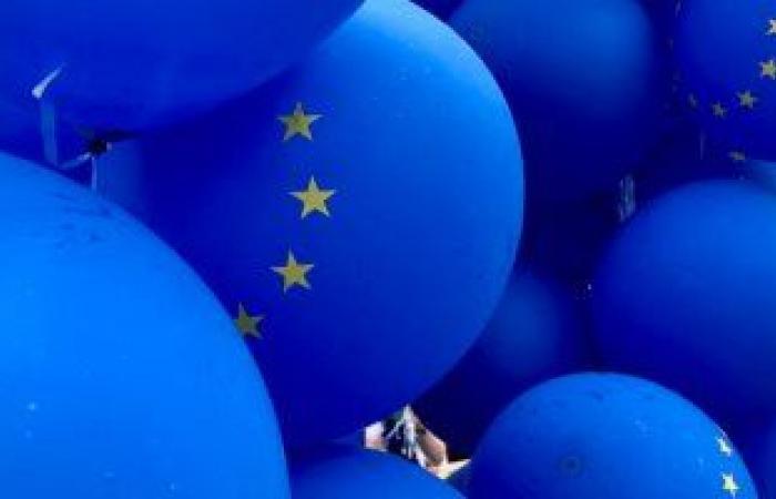 الاتحاد الأوروبى يخطط لحظر استخدام الذكاء الاصطناعى فى المراقبة الجماعية