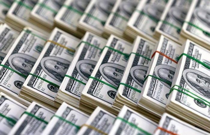 كنز داعش.. العثور على ملايين الدولارات والدينارات وذهب وفضة في العراق