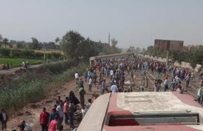 وصول ونش عملاق لرفع عربات قطار طوخ المنكوب وإزالة آثار الحادث.. فيديو