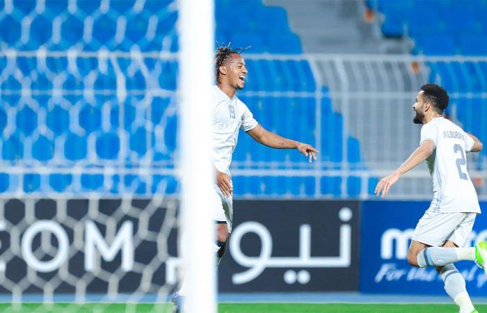 الهلال يمتع ويفوز على شباب أهلي دبي بدوري أبطال آسيا