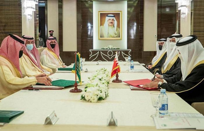 وزير الداخلية: تعاون السعودية والبحرين يوفر قاعدة راسخة لحماية المصالح الاستراتيجية لدول المنطقة