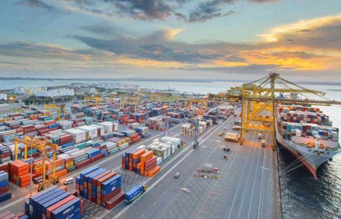 «موانئ» تسجل زيادة في أعداد الحاويات بنسبة تجاوزت 15% خلال مارس