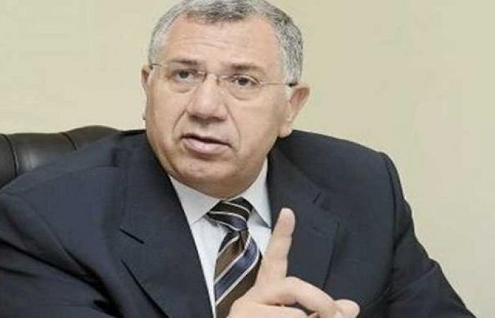 وزير الزراعة يتابع تنفيذ توجيهات القيادة السياسية في الإسراع بمنظومة تحديث الري