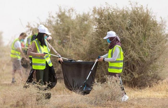 بالصور.. تدشين مبادرة للمحافظة على نظافة محمية الملك عبدالعزيز الملكية