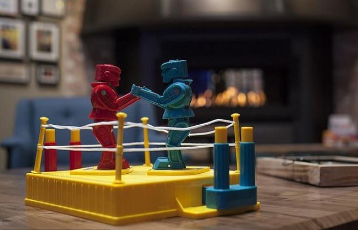 فين ديزل يتعاقد مع Universal للمشاركة فى إنتاج وبطولة فيلم Em Robots