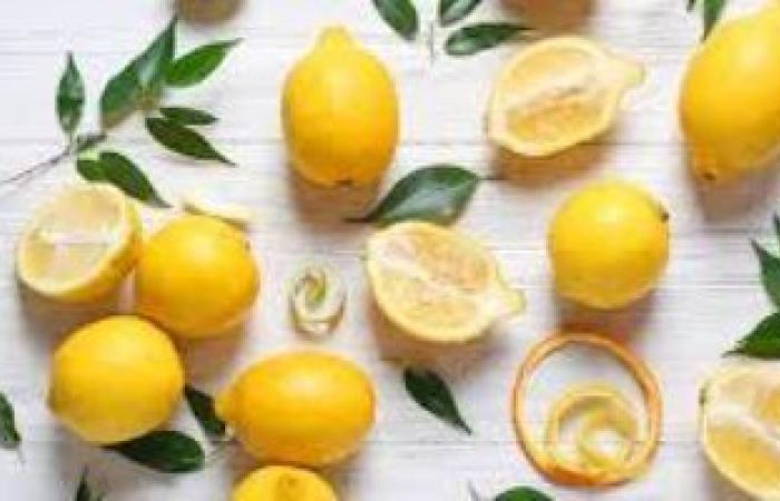 الليمون بـ25 جنيها الكيلو.. وشعبة الخضروات تكشف متى ينخفض سعره؟