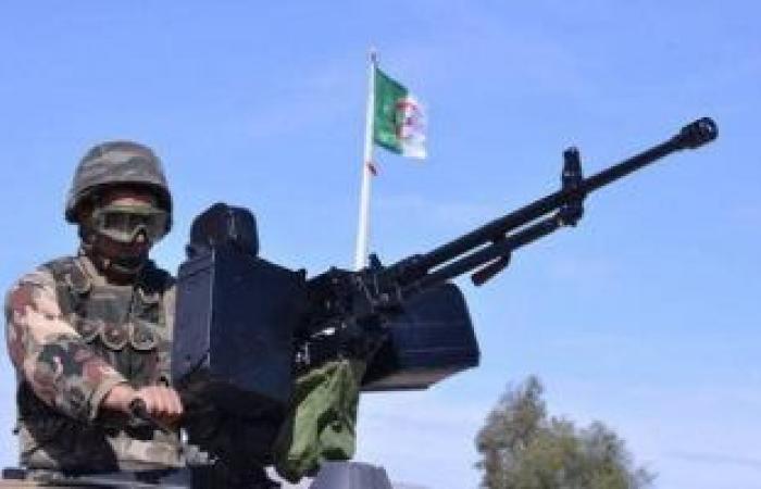 الجزائر تقلص مواعيد حظر التجوال فى 9 ولايات بينها العاصمة بسبب كورونا