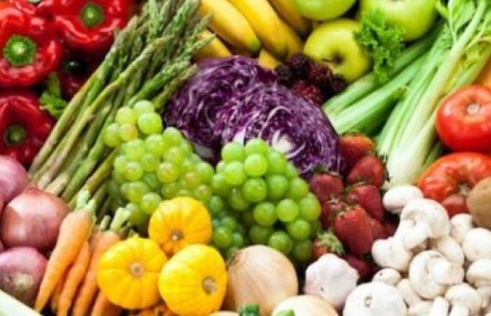 تناول الفواكه والخضراوات يمنع سوء الهضم وتراكم السعرات