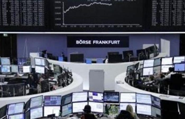 نتائج قوية ترفع أسهم أوروبا مع استمرار سياسة البنك المركزي