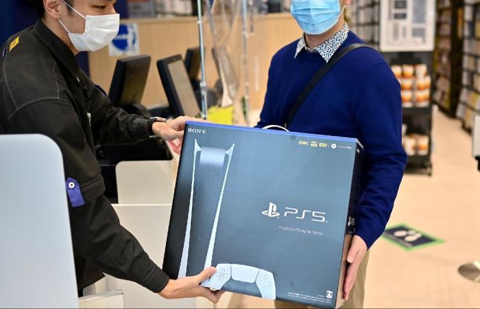 رئيس بلايستيشن: Sony تحاول زيادة كميات PS5 المتاحة في الأسواق