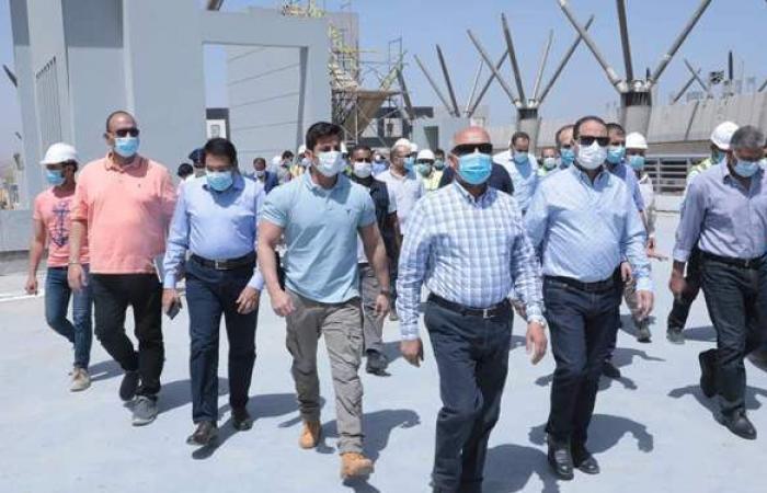 """وزير النقل يتفقد القطار المكهرب """"السلام - العاصمة الإدارية"""""""