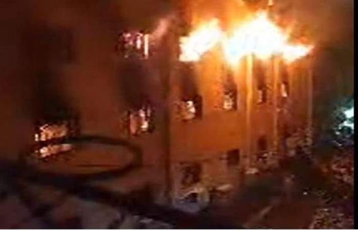 مدير أمن الجيزة ينتقل لموقع حريق كنيسة مارمينا بالعمرانية