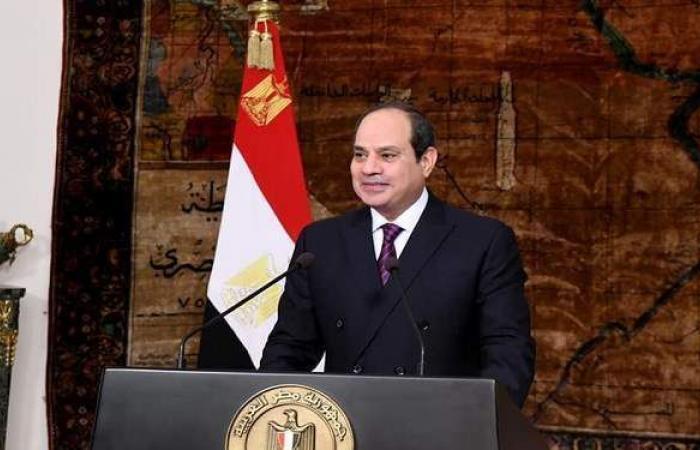 السيسي لعمال مصر: تحية لجهودكم المتميزة في تعزيز مسيرة التنمية والإنتاج