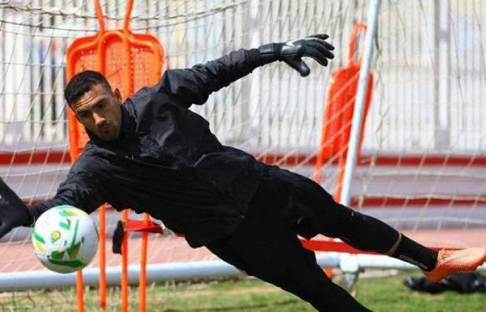 محمد عواد يحرس مرمي الزمالك أمام بيراميدز