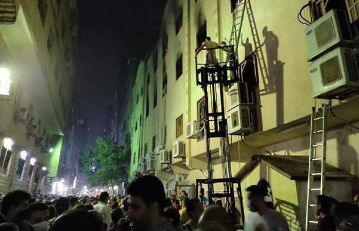 إخماد حريق كنيسة مارمينا بالعمرانية | فيديو