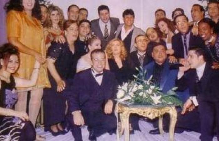 """محمد لطفى ينشر صورة نادرة مع أصدقائه نجوم الفن: """"لما كنا صغيرين"""""""