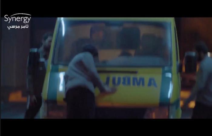 """""""كوفيد 25"""" الحلقة 5.. يوسف الشريف يفضح شركة الأدوية المنتجة للمصل من خلال live"""