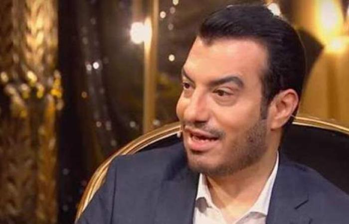 """إيهاب توفيق يغنى مهرجانات.. ويؤكد: """"بنت الجيران"""" مسروقة   فيديو"""